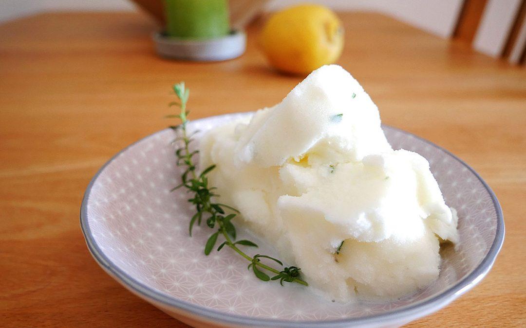 Zitronen-Thymian-Eis